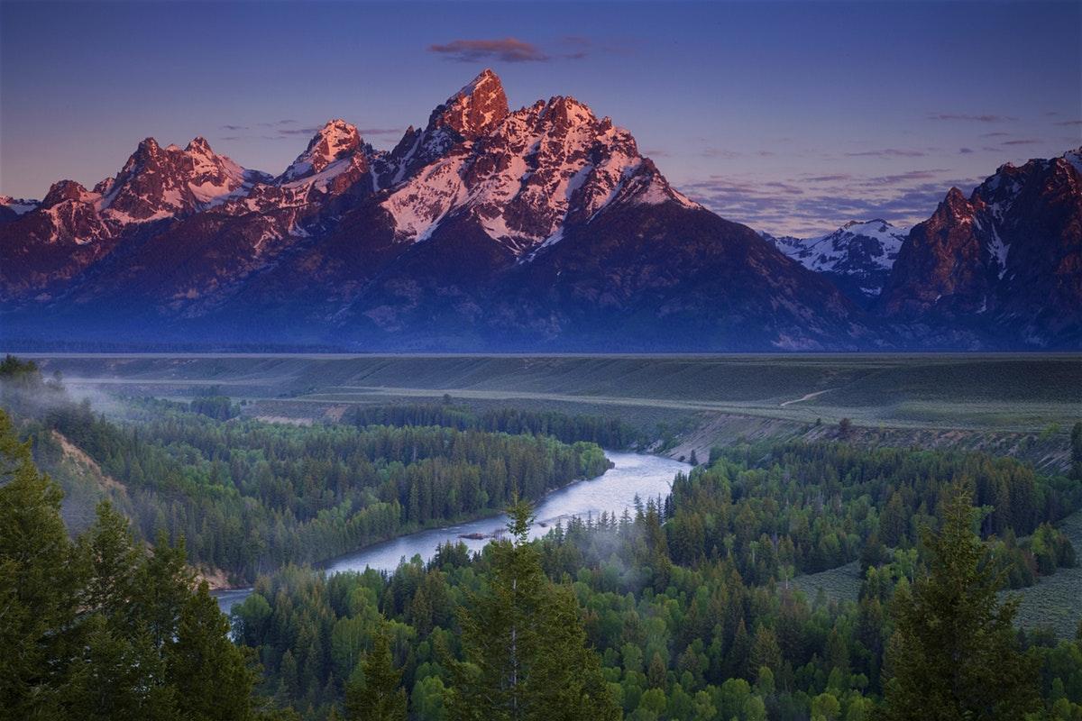 12dec8938220093eb7f1fdb8a9ce40b8-the-rocky-mountains