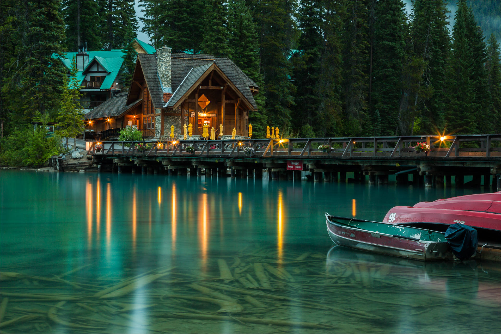 emerald-lake-c2a9-christopher-martin-7717